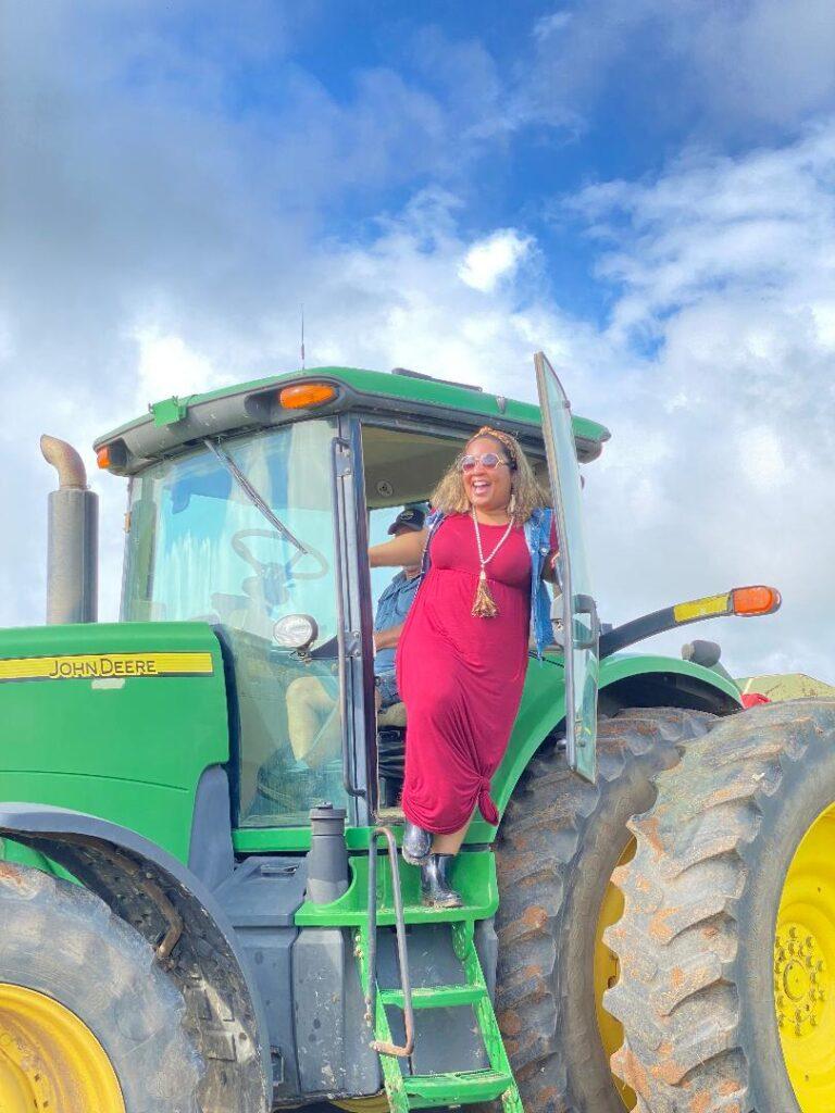 An exciting Alabama Farm-to-Table Peanut Harvest Tour